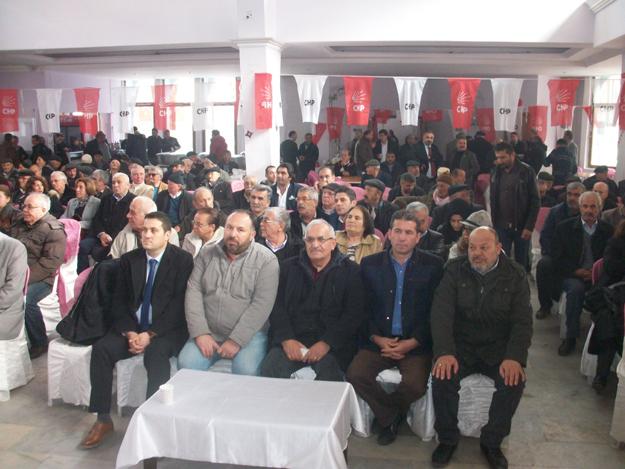 Ak Parti yönetimi CHP kongresini ziyaret etti...
