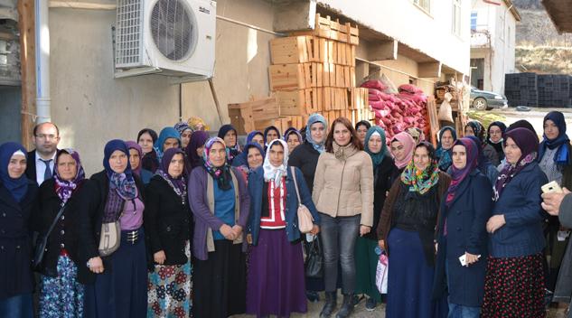 Mantarcılık eğitimi alan kadınlarımız Sarıidris'e inceleme gezisine götürüldü