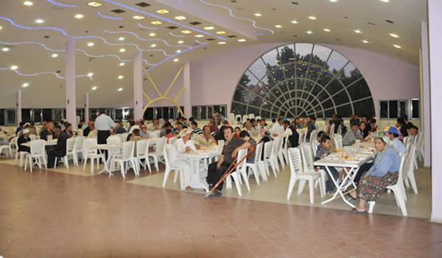 Belediye düğün salonu ve restoran alanını kiraladı
