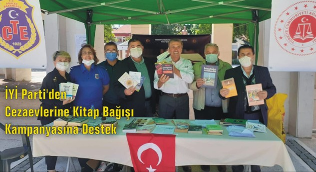 İYİ Parti'li KOCABAŞ Yalvaç'lı Yazarların Kitaplarını Bağışladı