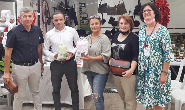 Kadın Kooperatifleri Festivali'nde Yalvaç standına büyük ilgi